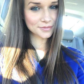 Nicole R Jones